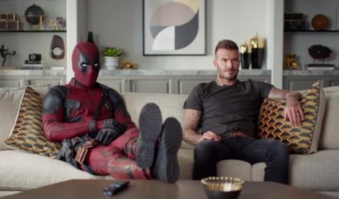 Kocak! Deadpool Minta Maaf ke David Beckham