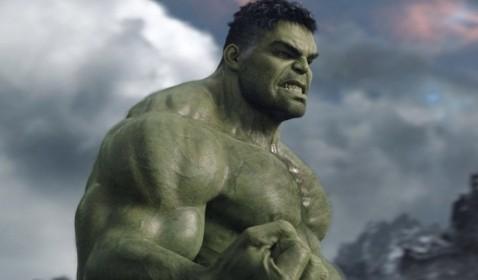 WOW! Hulk Bakal Pakai Kostum di Avengers 4