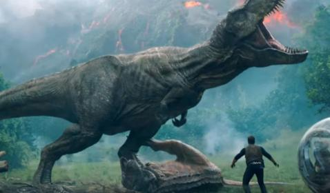 Final Trailer Jurassic World: Fallen Kingdom Ungkap Misi Jual Dinosaurus