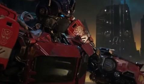 Paramount Luncurkan Desain Optimus Prime Generasi Pertama di Film Bumblebee