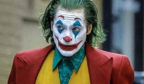 Review Joker: Lahirnya Simbol Perlawanan Kota Gotham