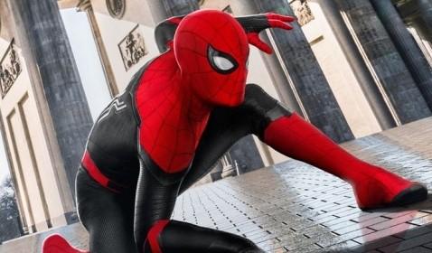 Keluar dari MCU, Tom Holland Janjikan Spider-Man yang Lebih Spesial