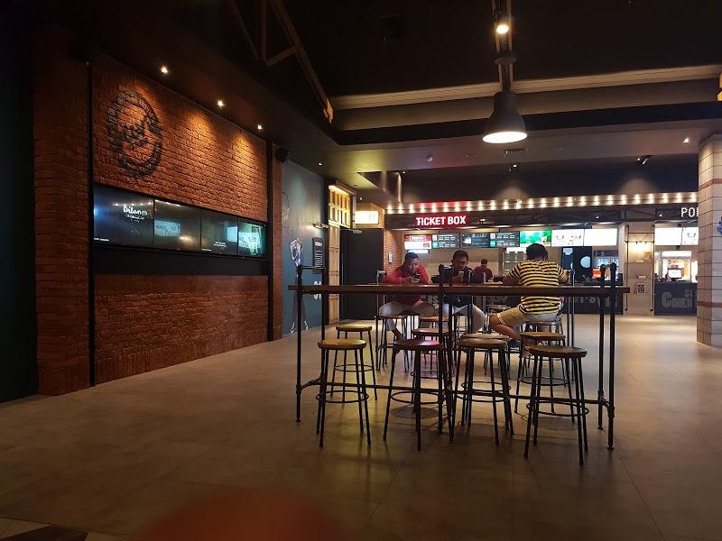 Jadwal film dan harga tiket bioskop CGV PTC Mall PALEMBANG ...